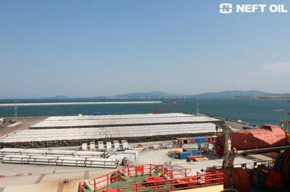 тръбна складова площадка в пристанище Бургас